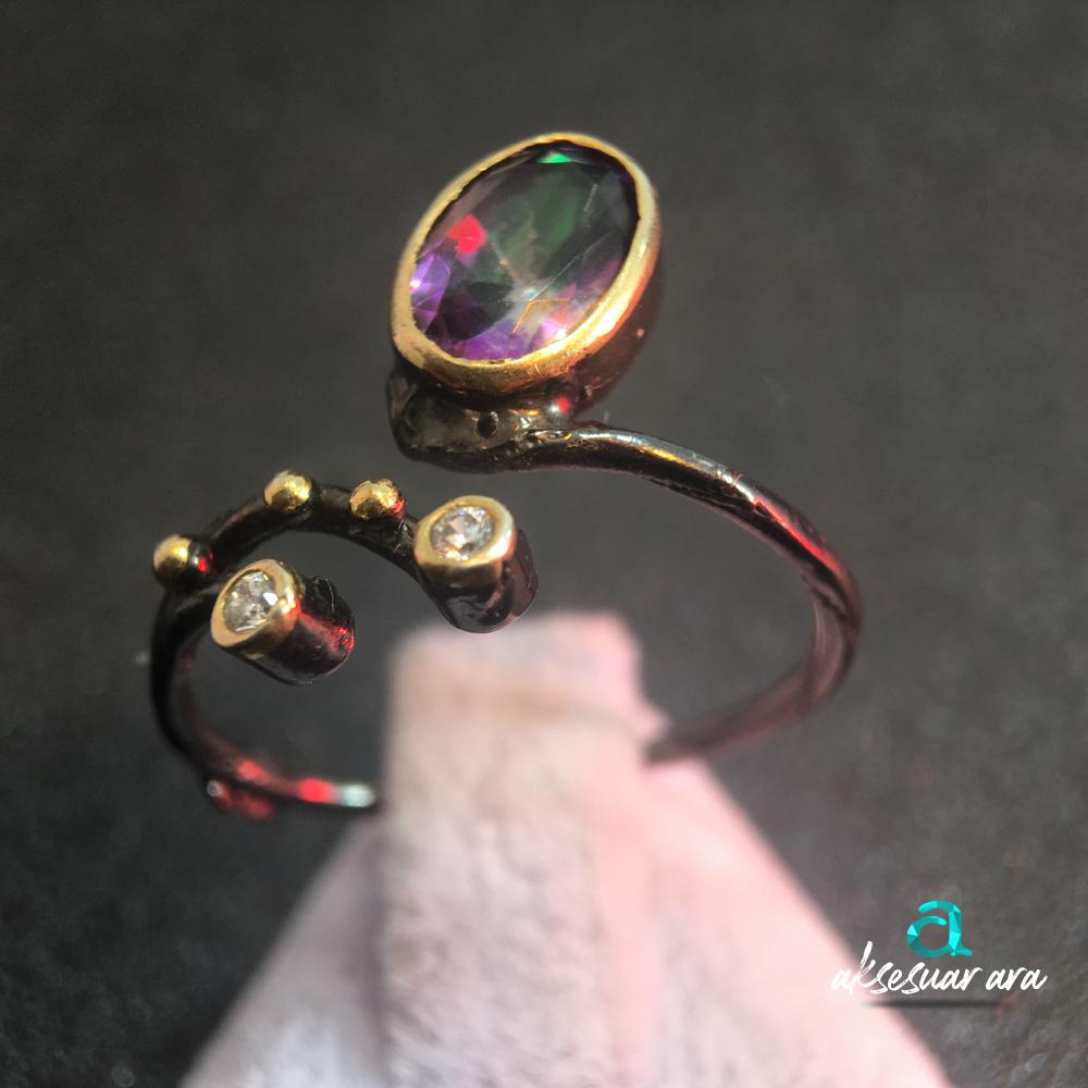 Mistik Topaz ve Zirkon Taşlı Ayarlanabilir Eskitme Detaylı Gümüş  Yüzük| ID00149