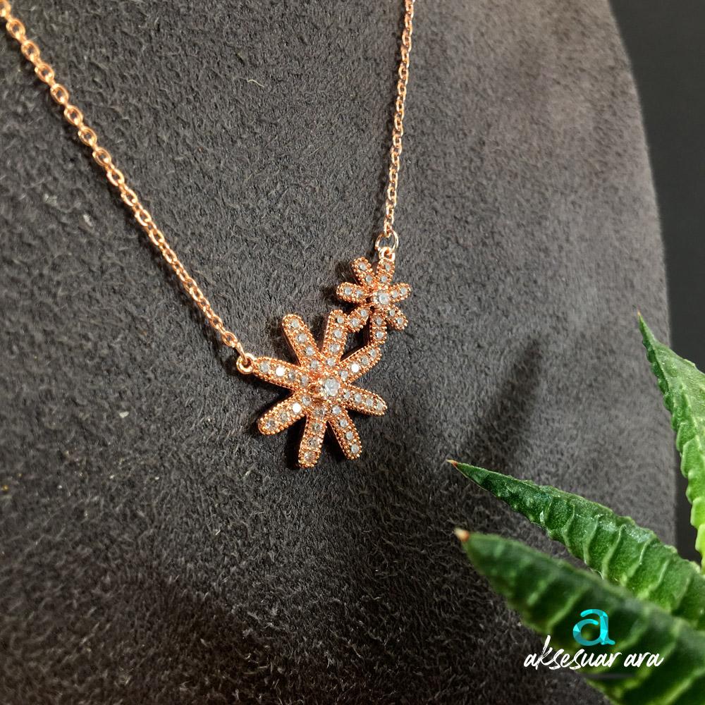 Flowers Zirkon Altın Kaplama Bayan Kolye | ID00257