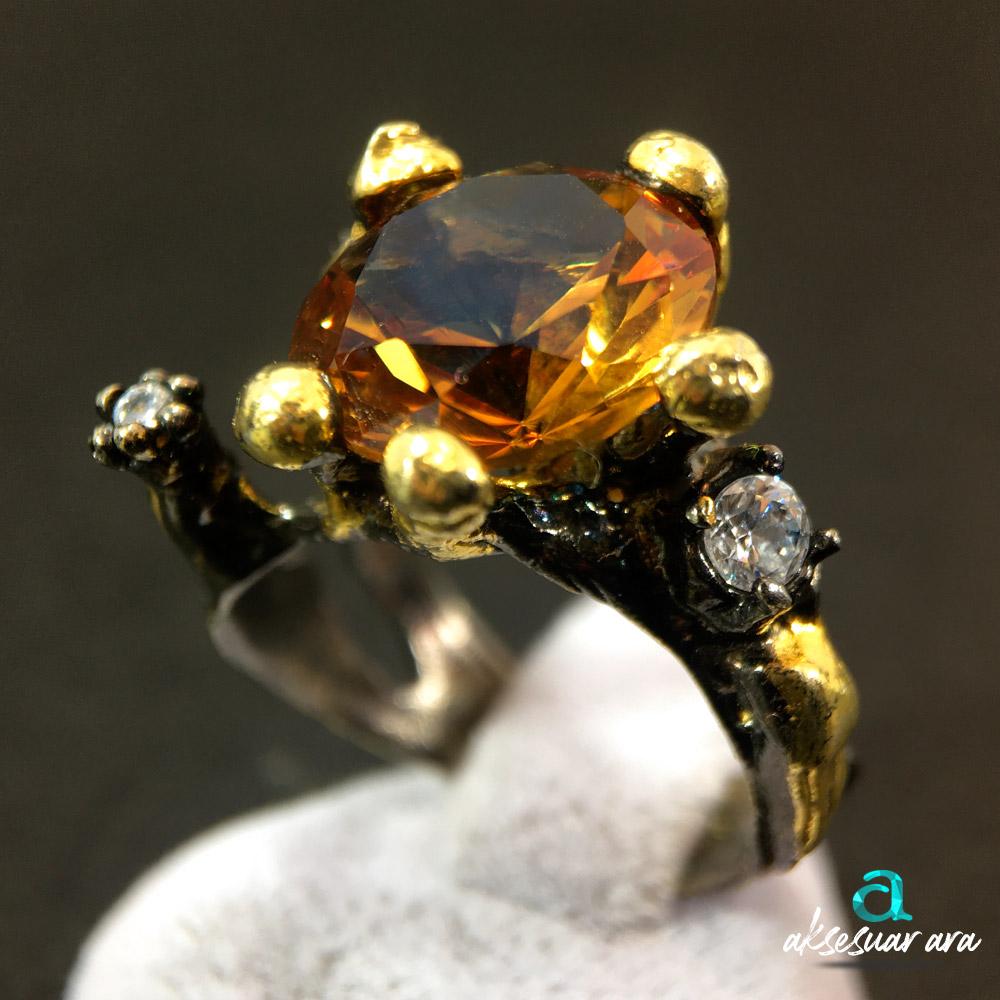 Zultanit Doğal Taşlı Çiçek Firgürlü 925 Ayar Gümüş Tasarım Yüzük | ID00301